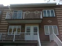 upper duplex Verdun 3 bedroom