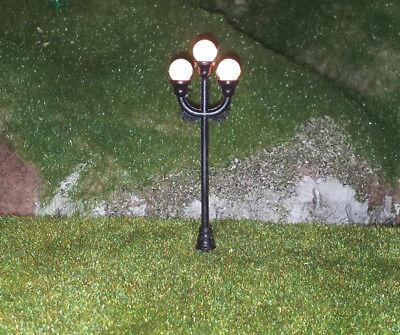 5 Stückneue Modellbaulampen 3-flammig, einzeln ansteuerbar, H0, (RM113)