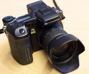 Minolta Dimage A2 et Minolta Dimage 7i, zoom lumineux 28-200mm