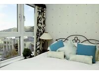 Royal Mile Old town 2 bedroom Self-Catering Holiday Apartment for Festival Lets Short Let -Sleeps 4