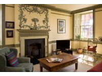 Charming Royal Mile two bedroom Holiday Apartment- Sleeps 5 for Holiday Let Short Let Edinburgh