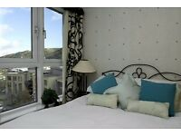 Edinburgh Old town 2 bedroom Holiday Apartment for Holiday Festival Lets Short Let - Sleep 4