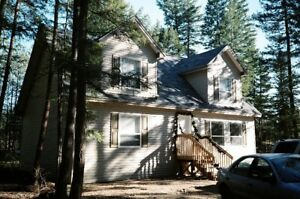 4-Bdrm Shuswap Lake Cabin Rental