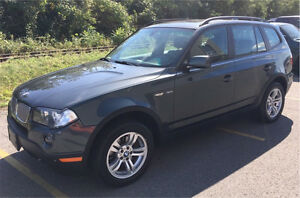 BMW X3 3.0I V6 4x4 2007 Full Toit panoramic Cuir AC Mags NO Rust