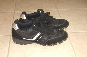 Running Shoes - size 12 ladies (or men's 10.5?)