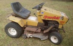 """Greenfield 12.5 HP 32"""" cut ride on mower Tea Gardens Great Lakes Area Preview"""