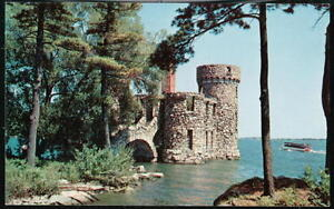 HEART-THOUSAND-ISLANDS-NY-Boldt-Castle-Old-Power-House-Vintage-Postcard-PC