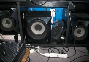 Sony home stereo system with subwoofer, 700 watts