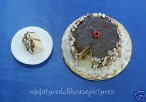 Miniature-Handemade-Chocolate-Layer-Dollhouse-Cake