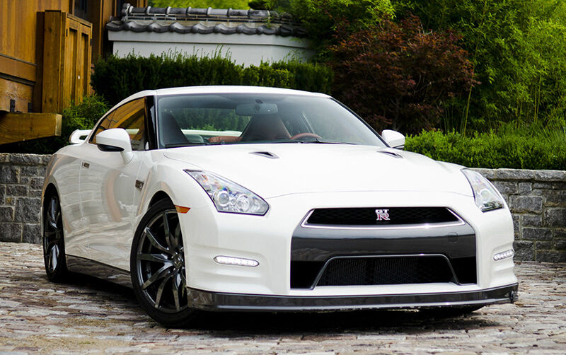 15 fun facts about the nissan gt r ebay. Black Bedroom Furniture Sets. Home Design Ideas