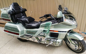 1999 HONDA GOLDWING GL1500 SE - LOW KM