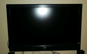 "SONY BRAVIA LCD TV 40"" for $200!"