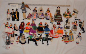 300+ International Vintage Doll Collection