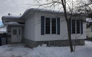 Beautiful 3+1 Bungalow with fenced yard