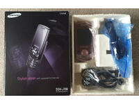 Pink Samsung sgh j700 sliding phone - boxed with all components fully functional !