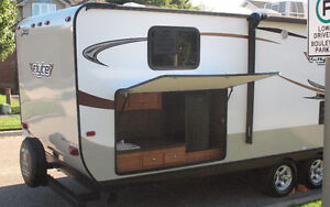 31' Shasta Flyte travel trailer for rent. Cambridge Kitchener Area image 3