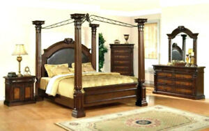 Queen size Wooden canopy bed