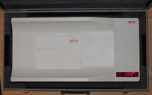 Seca 735 Electronic baby scale with case