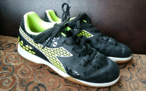 Indoor Soccer Shoes size 3