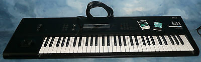 KORG M1 Music Work Station Midi 61 Key Keyboard w/2 Drum Memory Cards WORKING! on Rummage