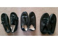 3 x pairs of jazz/modern split sole dance shoes.