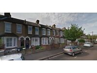 LEYTON, E10 - 2 BEDROOM HOUSE