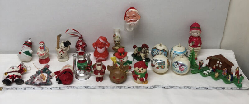 VINTAGE KITSCH PLASTIC CHRISTMAS DECOR LOT ORNAMENTS SANTA PICK MANGER SNOWMAN
