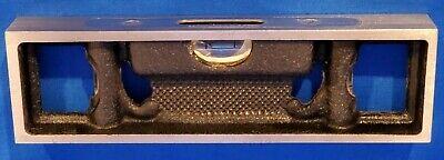 Starrett Machinist Bench Level - 132-6 - 3 Vials - V Groove Bottom