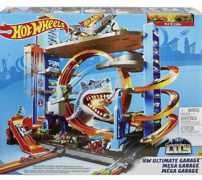 Hot Wheels Ultimate Garage Tower Shark Loop Racetrack