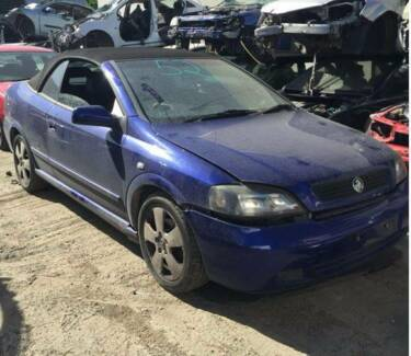 HOLDEN TS ASTRA CONVERTIBLE FOR WRECKING ASTRA CONVERTIBLE