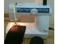 Toyota difrent patereen elictric sewing machine