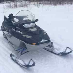 2003 Skidoo 700 Legend with reverse $2450