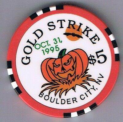 Gold Strike Inn $5.00 Casino Chip Halloween Pumpkin 1995 Boulder City Nevada - Nevada City Halloween