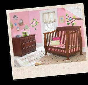 BabysDream Convertible crib/toddler bed/youth bed