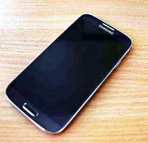 Samsung Galaxy S4 - like NEW