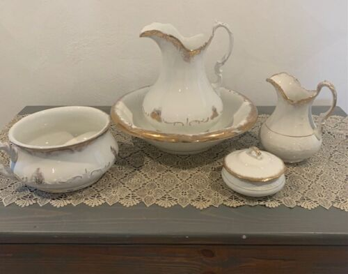 Antique-Rare Chamber Pot and Wash Basin Set - 5 pieces, The Colonial Co.