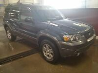 Ford Escape 114xxx km AWD only $5300Firm, new tires, inspected