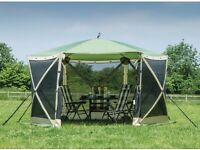 Quest Screen house 6 - Very Good Condition - Pop up Gazebo Shelter
