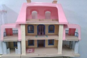 WANTED  little tikes doll house Kingston Kingston Area image 2