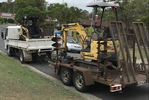 2 tonne excavator and positrack for hire Molendinar Gold Coast City Preview