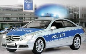 RC Polizei Auto   - Ferngesteuert -   Mercedes E350        30cm groß       TOP