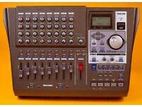 TASCAM DP - 01 fx 8 TRACK DIGITAL RECORDER
