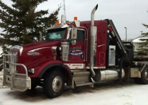 2006 T800 Kenworth with sleeper and 8 Ton Hiab Knuckle Picker.