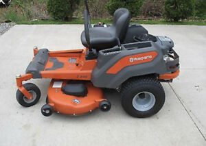 Husqvarna z246 zero turn lawnmower