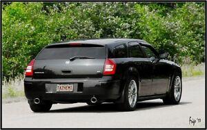 2005 Dodge Magnum R/T Hemi. Wagon
