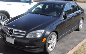 RARE Manual Transmission 2011 Mercedes-Benz 300-Series Sedan
