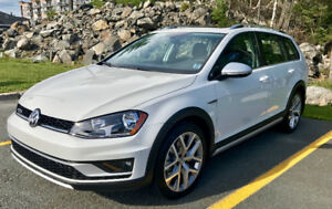 2017 Golf AWD Alltrack with 7 year Extended Warranty
