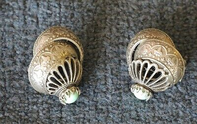 ART DECO WHITE METAL CLIP EARRINGS FAUX TURQUOISE STONES #15