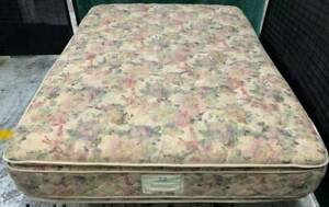 Excellent Sealy Brand thick double-sided Pillow Top queen mattress