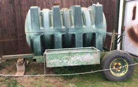 Large bowser on wheels 2000 Litre tank